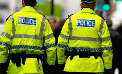 Aránytalanul korlátozza a szabadságjogokat az új brit terrorellenes törvény