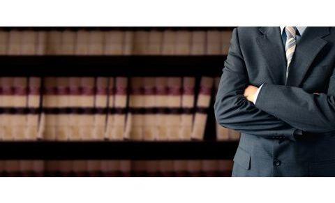 Az ügyvédek véleménynyilvánítási joga