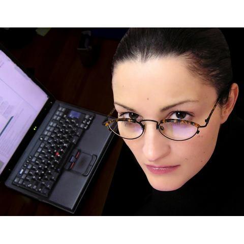Ügyvéd - szemüveg, védőszemüveg, számítógép, probléma, kérdés, dilemma, dolgozó, alkalmazott, ügyvéd, IT, nő