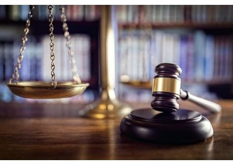 Bíróság, per, ügyvéd