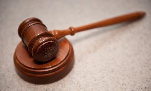 Lelépti díj, avagy a munkavállaló illegális távozása