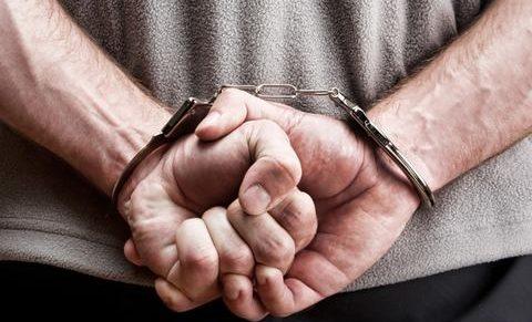 A pedagógusokat nem terheli a közfeladatot ellátó személy fokozott büntetőjogi felelőssége