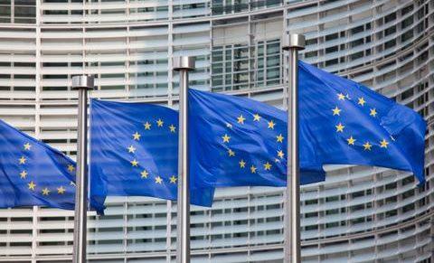 Hosszú vajúdás – Az EU Alapjogi Chartájának margójára