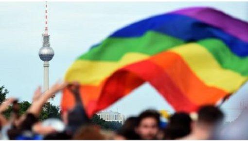A homofób kommentelés akár büntetőjogi eszközökkel is üldözhető