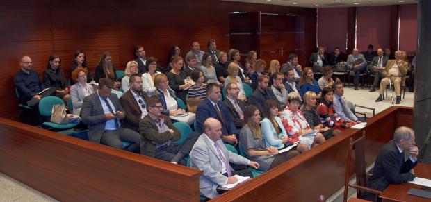 Teltházas ügyvédi konferencia az Alkotmánybíróságon