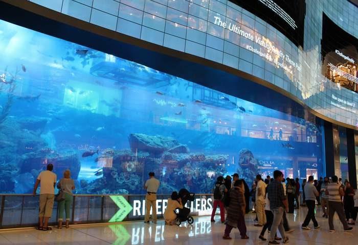 Dubaj - Dubai Mall, a világ legnagyobb bevásárlóközpontja