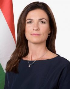 Varga Judit: elfogadhatatlan kijelentés, hogy a magyar demokrácia beteg