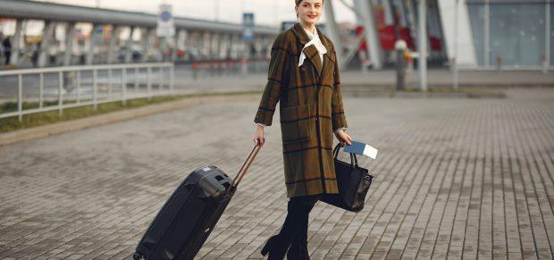 Holnaptól hatályba lépnek az utazási korlátok