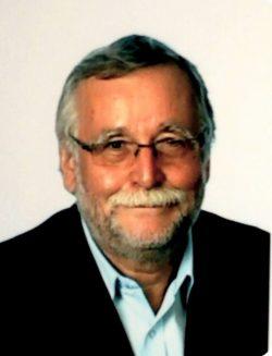 Dr. Gyekiczky Tamás