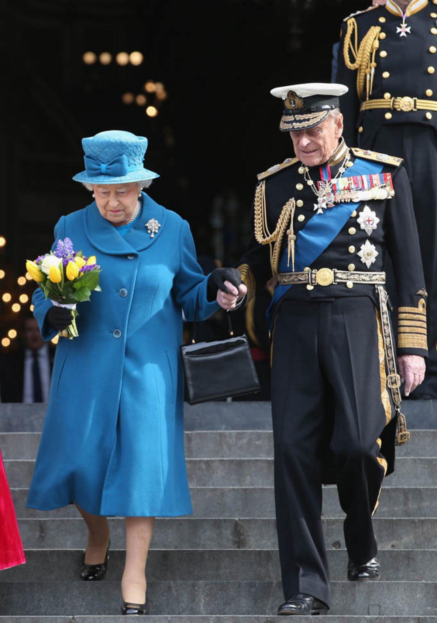II. Erzsébeten nem fognak se a válságok, se az idő