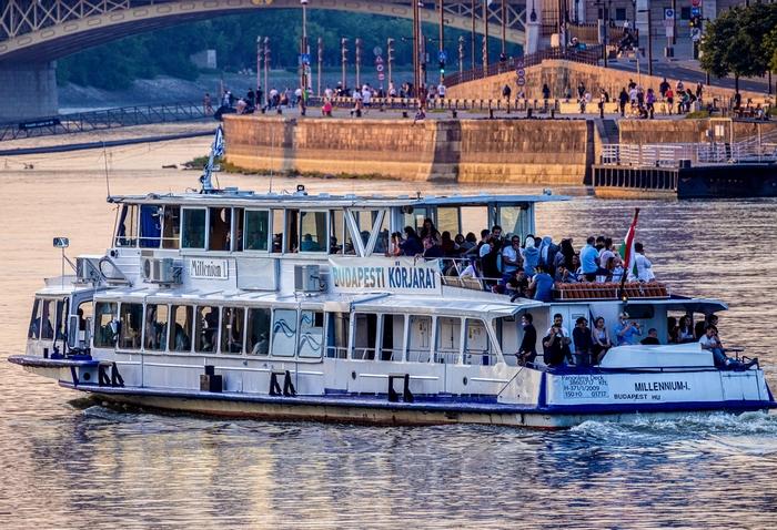 Hajózás – MAHART PassNave – budapesti hajós körjárat