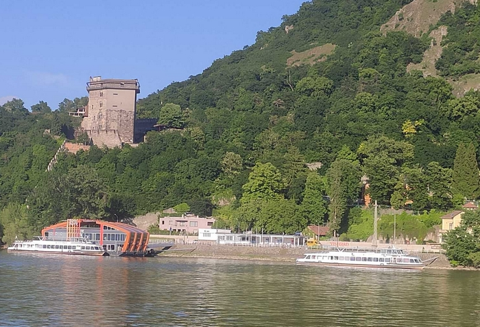 Hajózás – MAHART PassNave – Visegrád, Salamon-torony