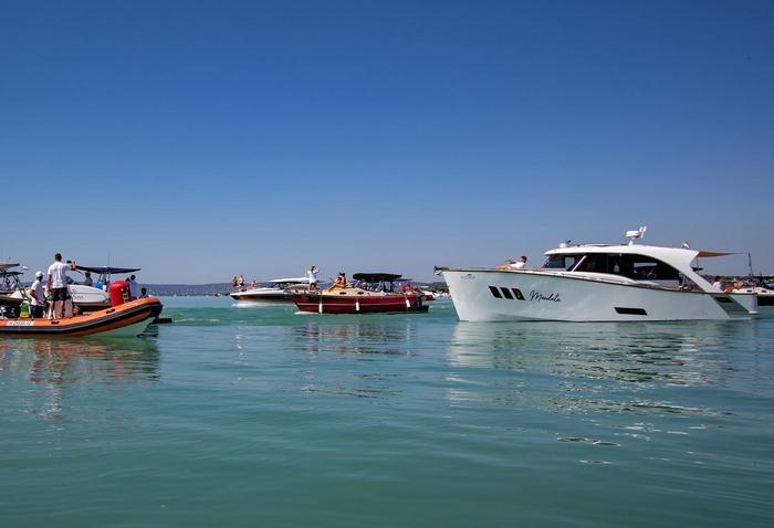 e-hajók, Zöldszalag Regatta