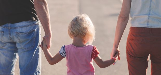Új szabályok a gyermekek jogellenes elvitelét, a szülői kapcsolattartást és felelősséget érintő magyar, EU-s és nemzetközi kérdésekben